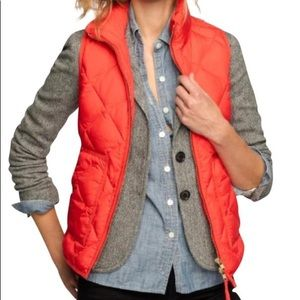 J CREW - coral quilted puffer vest